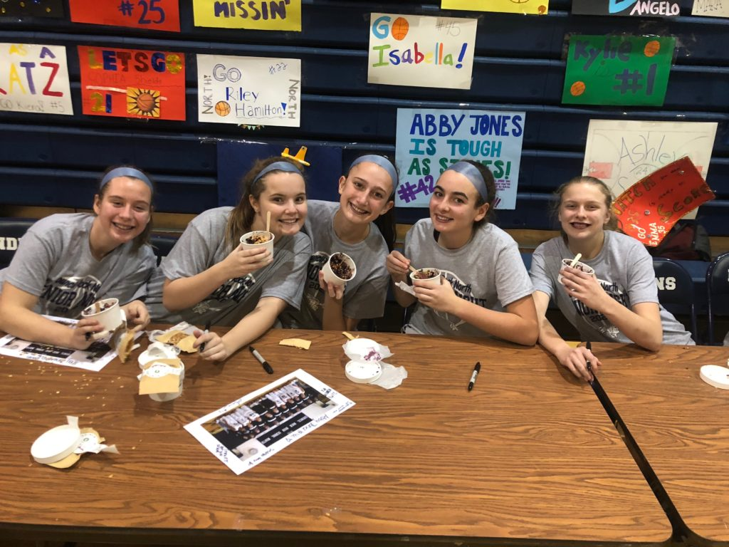 The CR North Girls Basketball Team LOVES Thawsome bowls!